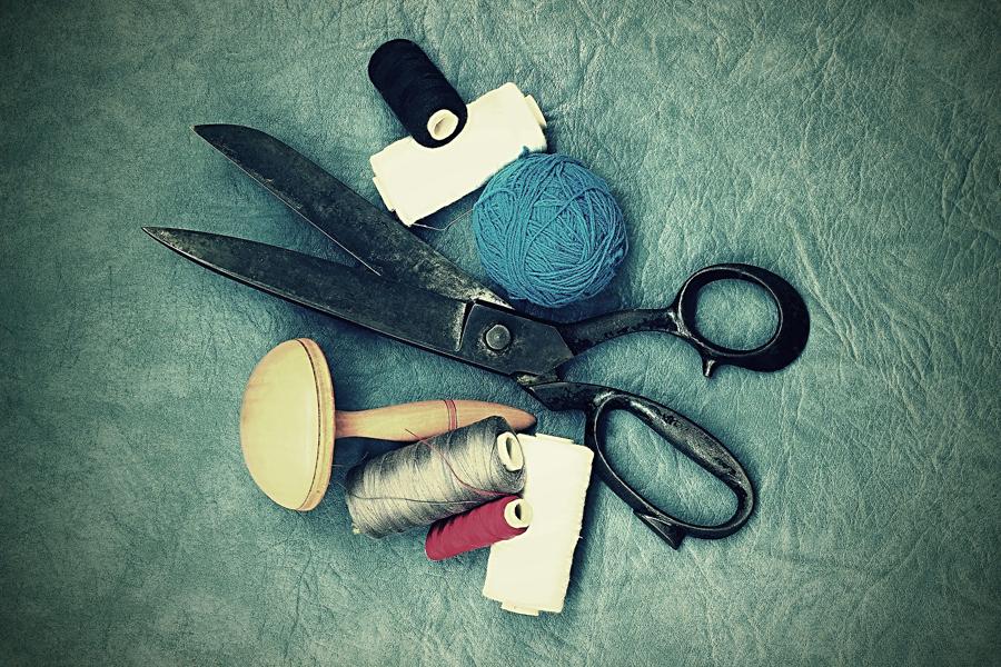 Forbici e accessori da cucito per il fai da te